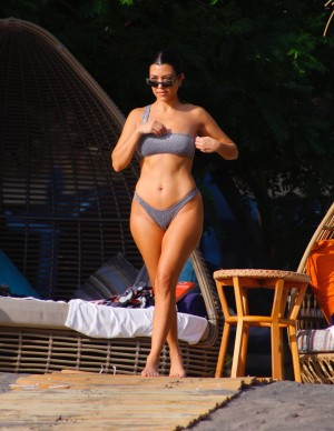 photos Kourtney Kardashian
