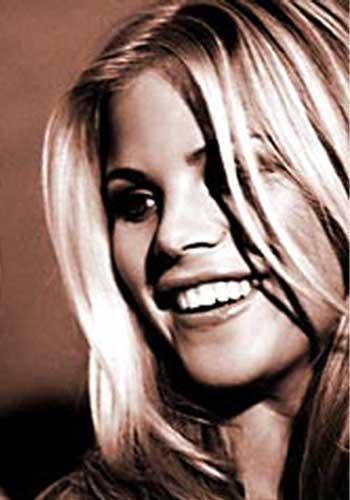 Les Stars Nues : Elin Nordegren - 68 photos - 0 vidéos -