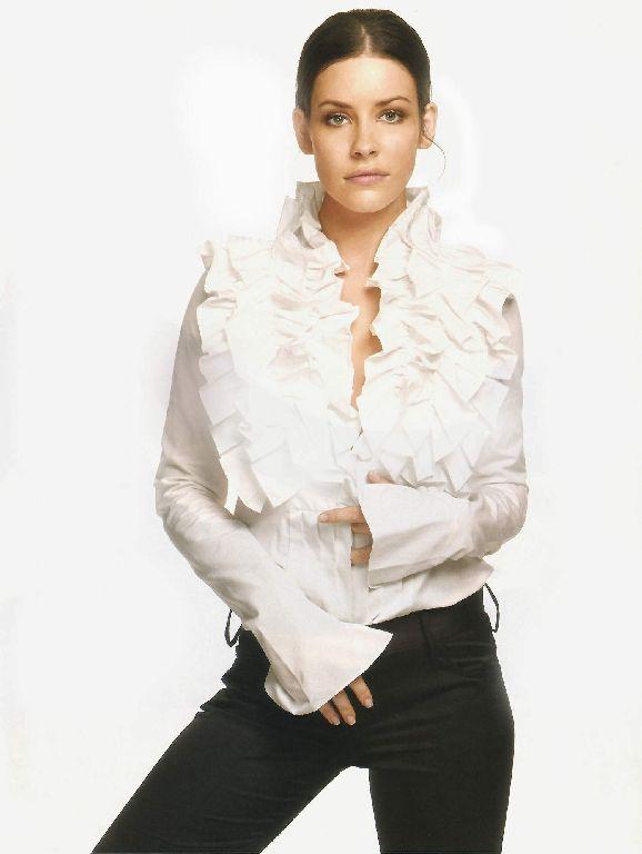 FAKES : EVANGELINE LILLY (VIDA) (06)