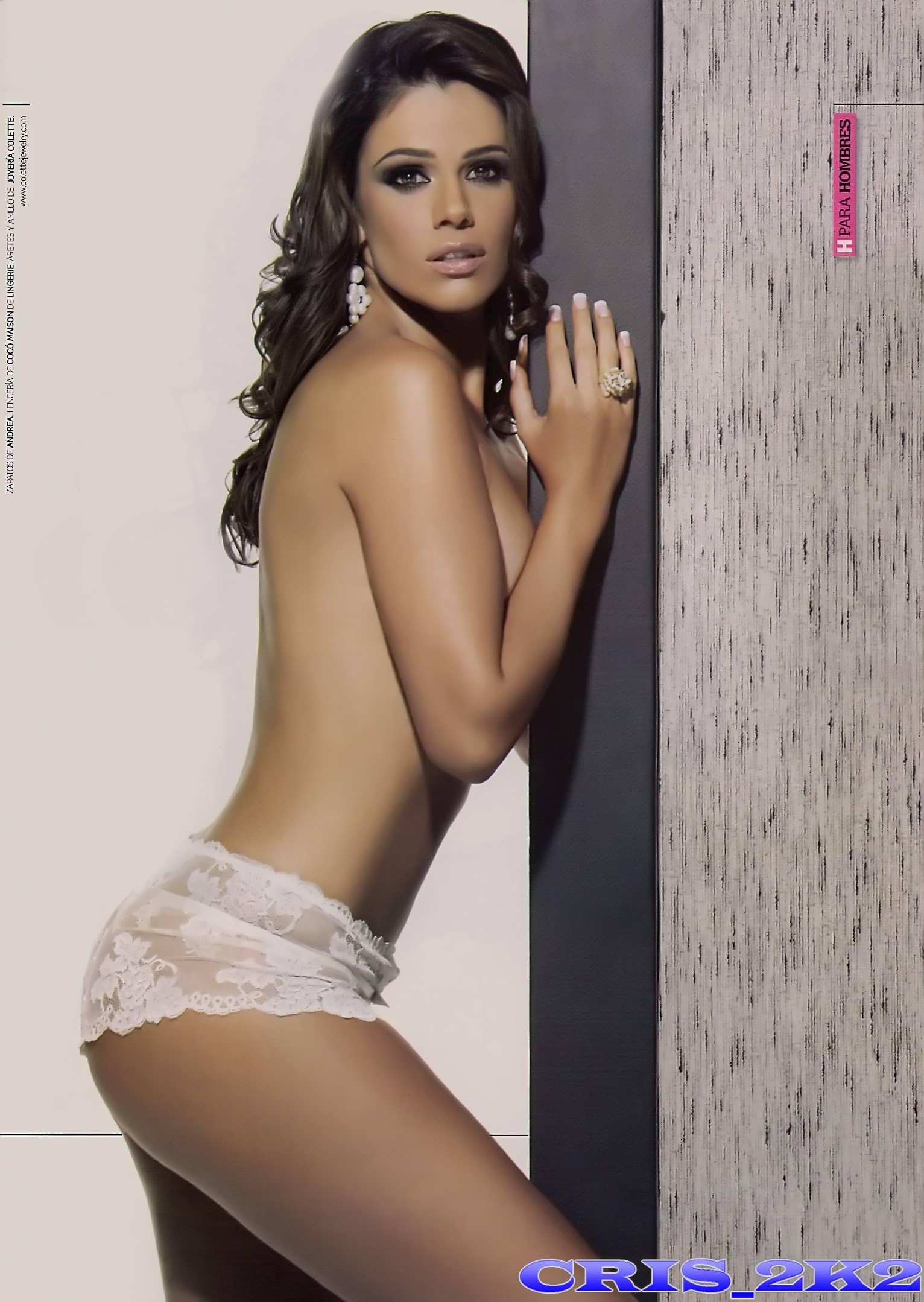 Luz Elena Gonzalez En Bikini